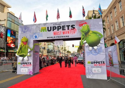 Truss Structure - Truss Arch Muppets Premiere
